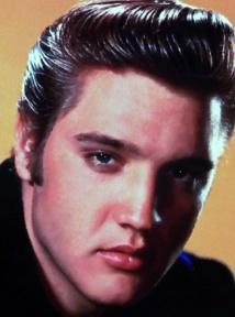 Les célébrités décédées qui gagnent le plus d'argent :  Elvis Presley