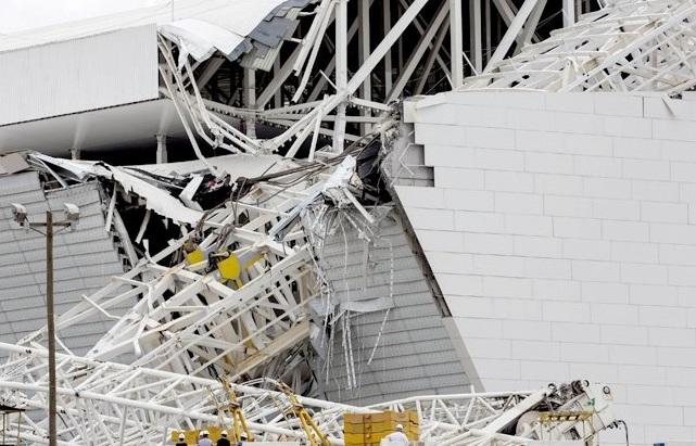 Le chantier du stade de Sao Paulo est irrégulier