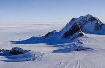 Un volcan en activité se cacherait sous les glaces de l'Antarctique
