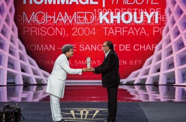 Sublime hommage à Mohamed Khouyi