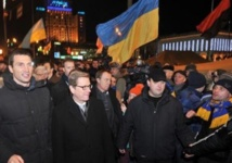 L'Occident soutient l'opposition ukrainienne