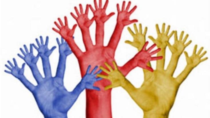 Le plan national pour les droits humains et la démocratie est toujours sur le bureau de Benkirane