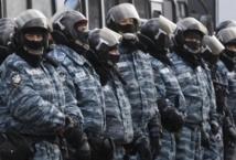 La police ukrainienne quitte les sites de contestation