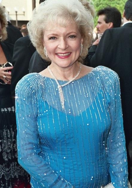 Ces stars adeptes  de la chirurgie esthétique : Betty White