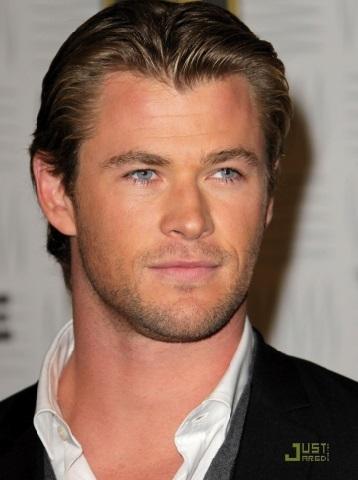 Ces célébrités qui  ont pris du muscle : Chris Hemsworth