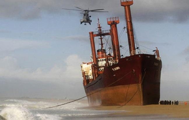 Le port de Tan Tan dans les sables mouvants