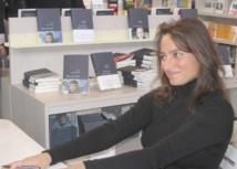 """""""Standard"""": un roman captivant signé Nina Bouraoui"""