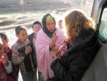 Najat Ikhich, présidente de la  Fondation Ytto en pleine campagne de sensibilisation.
