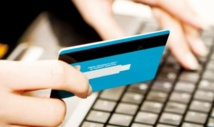Le paiement en ligne creuse l'écart