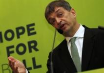 Jérôme Champagne en trouble-fête lance la campagne pour la présidence de la FIFA