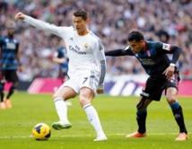 Le Real Madrid marche sur l'eau au  bonheur d'une Liga indécise à souhait