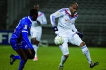 Lyon sans briller rejoint le PSG en finale