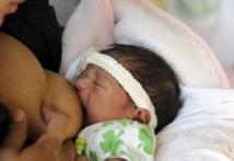 Abou Dabi oblige les mères à allaiter deux ans