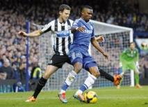 Le hat-trick de Hazard propulse Chelsea en tête