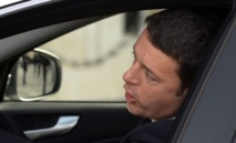 Matteo Renzi chargé de former le nouveau gouvernement italien