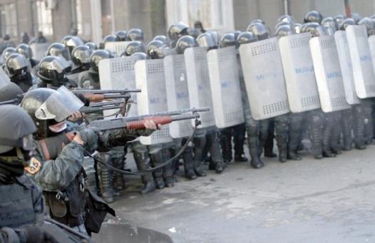 Au moins 25 morts dans  les affrontements à Kiev