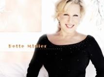 Bette Midler sur la scène des prochains Oscars