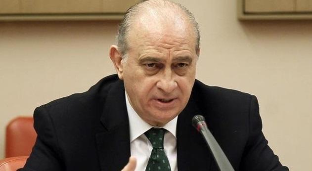 L'opposition parlementaire espagnole exige la démission du ministre de l'Intérieur