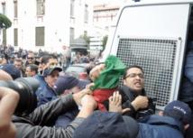 Manifestations à Alger et à Paris contre un 4ème  mandat de Bouteflika