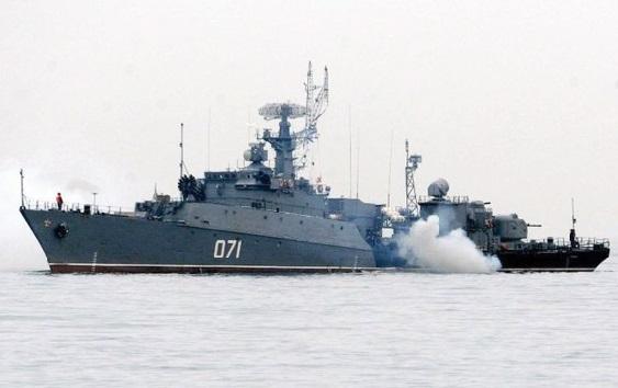 Les Russes prennent le contrôle partiel d'une deuxième base de missiles en Crimée
