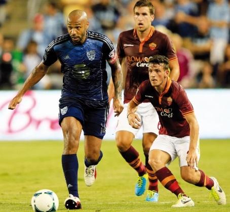 En attendant Beckham, la MLS compte sur Defoe, Bradley et Henry