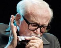 A 91 ans, Toots Thielemans  range son harmonica