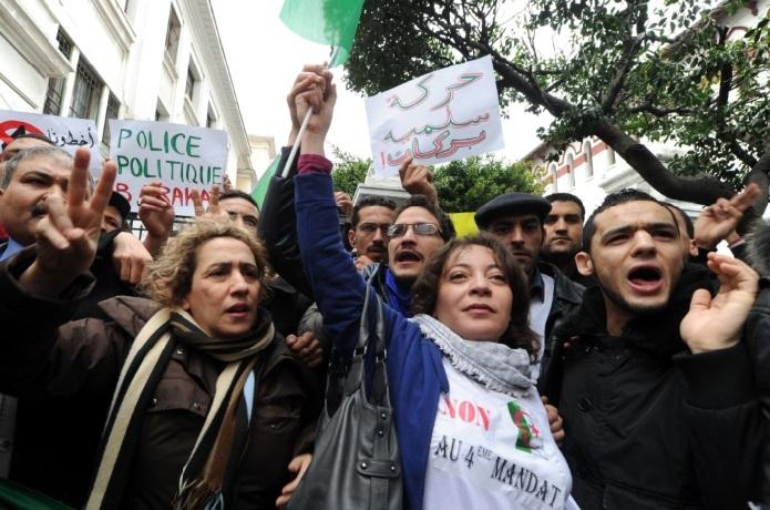 Les R'Guibatt Oulad Cheikh font front contre l'armée algérienne