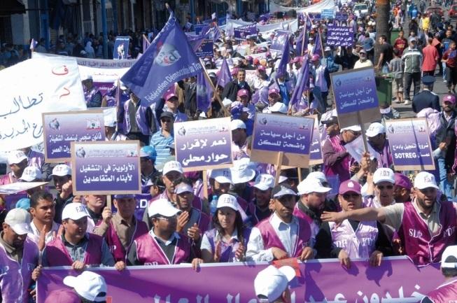 Les tergiversations de Benkirane poussent les syndicats à durcir leurs positions