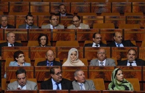 Le Groupe socialiste au Parlement pour  un examen du secteur de la publicité
