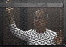Ouverture du procès du chef des Frères musulmans en Egypte