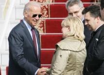 Joe Biden offre l'aide des USA  à l'Ukraine