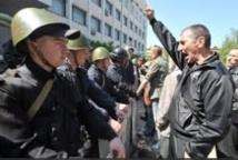 Table ronde à Kiev sans les séparatistes pro-russes