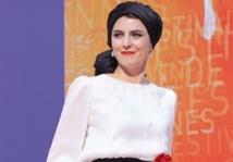 Une bise permise à Cannes, censurée à Téhéran