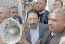 """Attaque """"terroriste"""" contre le domicile du ministre de l'Intérieur de Tunisie"""