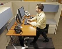 Rester assis au bureau nuit gravement à la santé