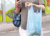La lutte contre les sacs en plastique continue
