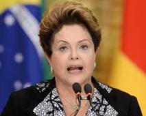 """Rousseff : """"La Seleçao  au-dessus de la politique"""""""