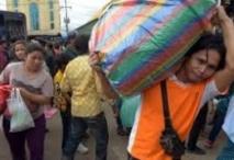 180.000 immigrés cambodgiens fuient la Thaïlande suite à des rumeurs de répression