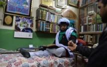 Amour, loto, boulot: les marabouts promettent la lune au Pakistan