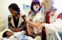 Aux Etats-Unis, les pédiatres recommandent  de lire des histoires aux enfants dès la naissance