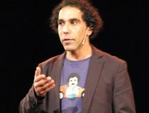 Omar Ahaddaf, un humoriste au parcours mouvementé