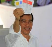 Joko Widodo favori à la présidentielle indonésienne