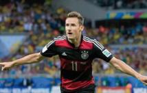 Klose bat Ronaldo dans  son premier jardin