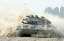 Les bombes israéliennes pilonnent toujours Gaza, les vols vers Tel-Aviv annulés
