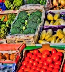 Pour rester en bonne santé, cinq fruits et légumes par jour suffisent