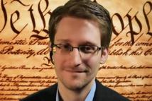 Edward Snowden s'installe dans la durée en Russie