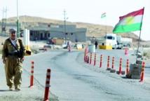 Offensive kurde contre les jihadistes et raids américains accrus