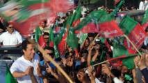 Une ex-star du cricket brouille les cartes politiques au Pakistan