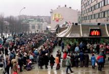 McDonald's pris en sandwich en Russie