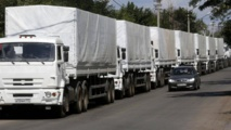 Les premiers camions russes du convoi humanitaire franchissent la frontière ukrainienne sans autorisation